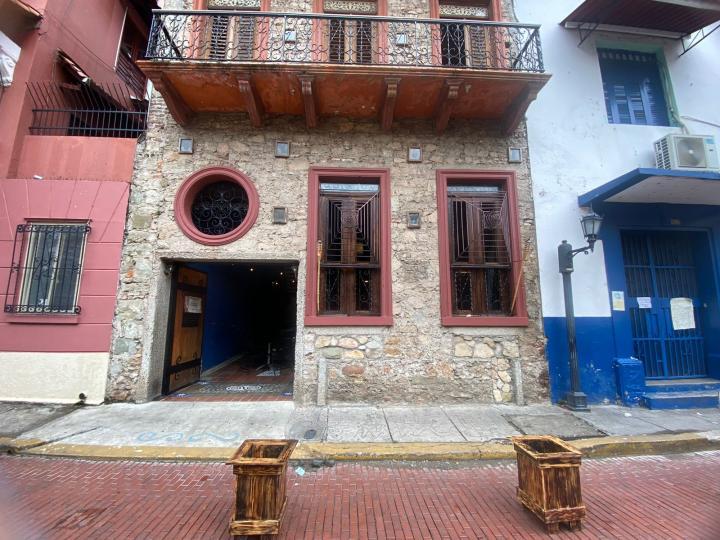 Feeling (Casco Antiguo)